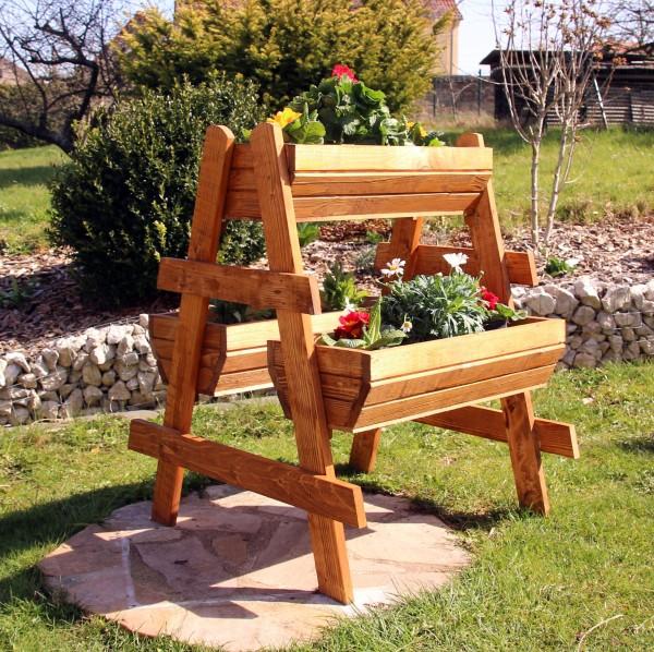 Pflanzentreppe, Blumentreppe aus Holz behandelt