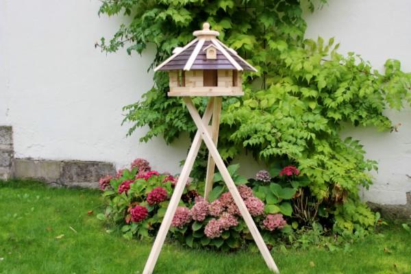 Vogelhausvilla mit Standfuss Typ 20