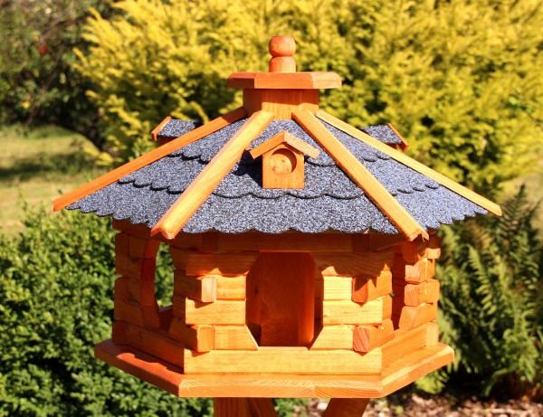 Vogelhaus mit Gauben Typ 5