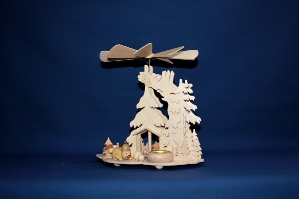 Tannenpyramide Schneemänner